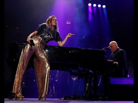 Billy Joel & Miley Cyrus – New York State of Mind at Madison Square Garden 2017